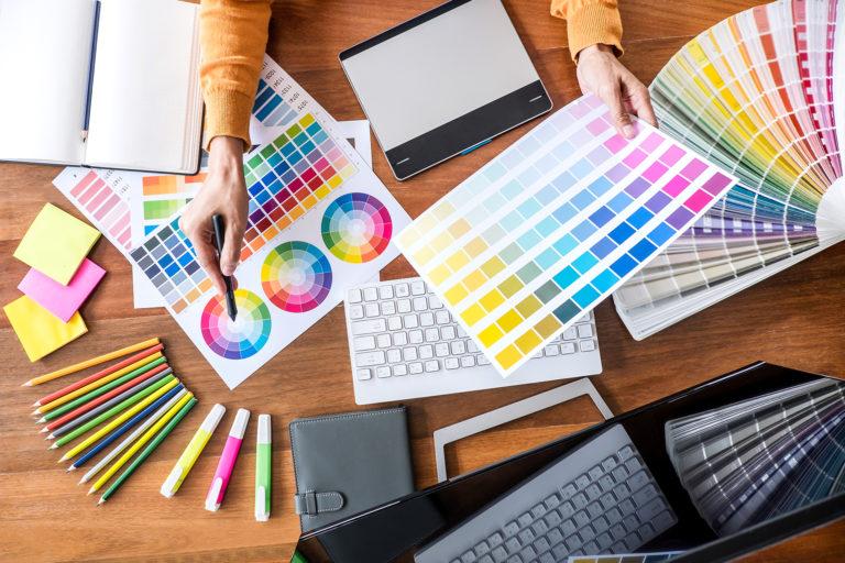 Choosing logo colour